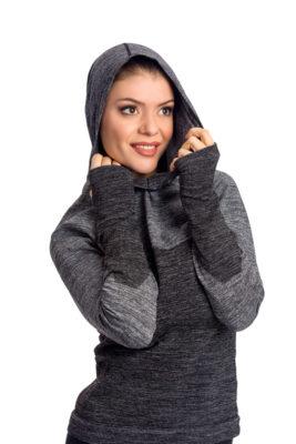 галерия безшевно облекло - термо блуза в черно със сложена качулка