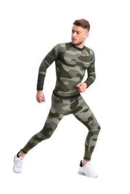 галерия безшевно облекло - пълен термо комплект - зелено комо на мъжки модел