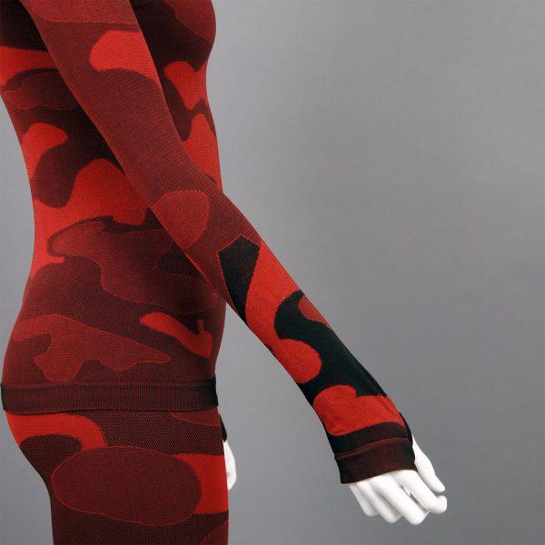 Термо комплект дамски - червено комо без качулка - деъайл ръкав