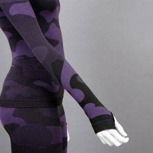 термо комплект дамски цвят лилав камуфлаж с поло яка - снимка 3