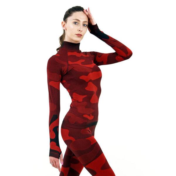 Дамска термо блуза с дълъг ръкав и поло яка в цвят червен камуфлаж - снимка 3