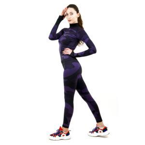 Термо комплект дамски с поло яка цвят лилав камуфлаж - снимка 3